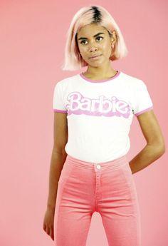 bizarrefashiontriangle111:  barbie girl