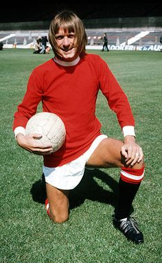 John Fitzpatrick Manchester United 1971 Manchester United Legends, Manchester United Players, Man Utd Fc, Retro Football, Football Photos, Man United, Image Collection, Football Players, First Love