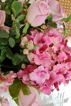Pink roses and hydrangeas, beautiful. (1) From: Jennelis Rose (2) Follow On Pinterest > Jenny