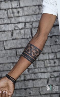 32/2 B.K. Sindhi colony, R.S. chat wali gali, above sweety fashion, Indore Contact:- 9584228615, 7000924824 Leo Tattoos, Indore, Arm Band Tattoo, Tattoo Studio, Fashion, Moda, Armband Tattoo, Fashion Styles, Arm Tattoo