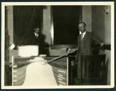 Geology display at the Engineering Show at Rice Institute, 1928