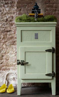 Spannende kleuren combinatie | Geel met vergrijsd mint | villa d'Esta | interieur en wonen