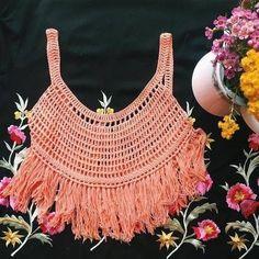 [Free Pattern] Breezy Crochet Top - Knit And Crochet Daily Bikinis Crochet, Crochet Bikini Top, Crochet Crop Top, Crochet Blouse, Crochet Woman, Love Crochet, Knit Crochet, Crochet Vest Pattern, Crochet Patterns