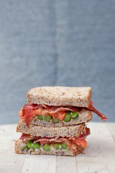 Bacon, asparagus & tomato sandwich