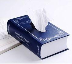 caja de pañuelos con forma de libro