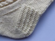 Winwick Mum: Easy cable socks - free pattern and tutorial