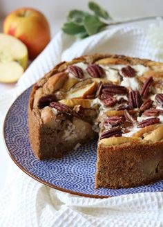Healthy apple cake with a fresh cheesecake filling - Oh My Pie! Healthy Pastry Recipe, Healthy Cake Recipes, Healthy Sweets, Healthy Baking, Baking Recipes, Sweet Recipes, Köstliche Desserts, Delicious Desserts, Dessert Recipes