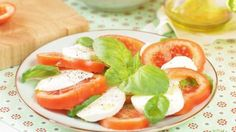 Sałatka Caprese  http://kotlet.tv/salatka-caprese/
