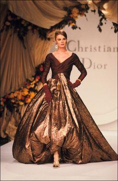 DIOR Haute Couture Fall 1990