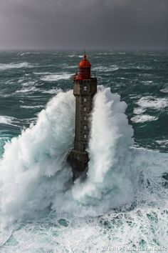 La Jument lighthouse by ronan-follic sea water lighthouse ocean waves france seascape storm brittany bretagne mer finistère phare breizh Photo Bretagne, Cool Photos, Beautiful Pictures, Beautiful Gorgeous, Stunning View, Amazing Photos, Lighthouse Pictures, Beacon Of Light, Ocean Waves