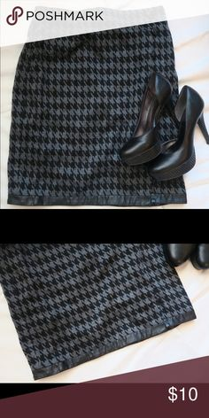 Black & Grey Faux Leather Skirt Cute pattern. Great material. Faux leather trim with faux leather buttons. Skirts Pencil