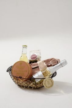 A Signature Welcome custom wedding welcome gifts. www.asignaturewelcome.com