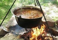 bográcsos receptek Food 52, Slow Cooker, Cooking Recipes, Cook Books, Drinks, Bon Appetit, Drinking, Beverages, Crockpot