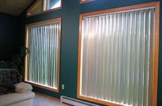 http://vogueinteriorswhitsunday.com.au/wp-content/uploads/2013/11/solar-choice-vertical-blinds.jpg