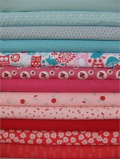 Need to make an aqua and red quilt.