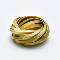 Ring | Claude Schmitz. Gold