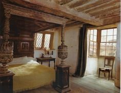 This is what I call a four poster bed. Looks sturdy, I like it.