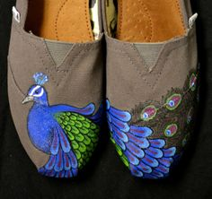 These are my #custom #peacock #TOMS that I got for Christmas. Love doesn't even begin to explain...  Amanda is one talented girl!