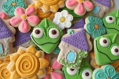 Cookies for Tangled birthday party Rapunzel Birthday Party, Tangled Party, 4th Birthday Parties, Tinkerbell Party, Princess Birthday, Princess Party, 5th Birthday, Birthday Ideas, Iced Cookies