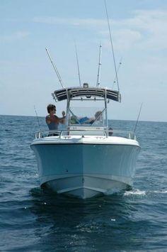 228CC - EdgeWater Boats
