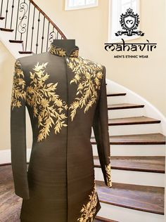 Look Impeccable with this traditional golden embroided sherwani only at Mahavir Collections. Visit our store in Chandni Chowk now! Mens Wedding Wear Indian, Wedding Dresses Men Indian, Wedding Dress Men, Wedding Suits, Nigerian Men Fashion, Indian Men Fashion, Mens Fashion Suits, Indian Groom Dress, Kids Indian Wear