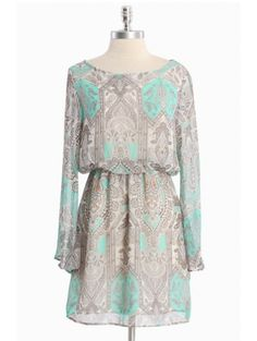 Chasing Daydreams Paisley Dress - Swooning over the color combo.