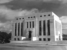 Rockwall County Courthouse, Texas, 1940, Voelcker and Dixon, architects