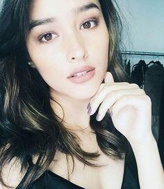 Lisa Soberano is so pretty. Liza Soberano, My Ex And Whys, Filipina Beauty, Cute Woman, Celebrity Crush, American Actress, Asian Beauty, Asian Girl, Sexy