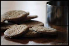 Garnkofilia: SUCHARKI Z DYNIĄ - jak zwykle bez glutenu, jajek i mleka Gluten Free, Cookies, Desserts, Food, Glutenfree, Crack Crackers, Tailgate Desserts, Biscuits, Dessert