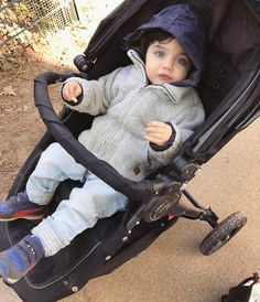 Baby E, Cute Baby Boy, Cute Little Baby, Little Babies, Cute Kids, Cute Babies, Arugam Bay, Father And Baby, Ulzzang Kids
