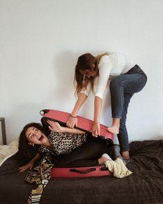 #girl #girls #friends #friendship #goals #fun #funny #havingfun #travel #packing #photography Tao, Budapest, Barbie, Instagram, Fashion, Moda, Fasion, Barbie Dolls, Trendy Fashion