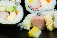 Recipe in the book, Remember Guam, at www.paulaq.com     I have got a nice collection for all of you Sushi Lovers.. see more here http://www.amazon.com/gp/product/B000JW02LQ/ref=as_li_ss_tl?ie=UTF8=1789=390957=B000JW02LQ=as2=mantosuc-20
