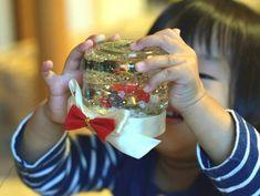スノードームを手作りしよう!100均グッズで子どもでも簡単 - 知育と幼児教育が3分でわかる|Chiik(チーク)マガジン Crafts, Manualidades, Handmade Crafts, Craft, Arts And Crafts, Artesanato, Handicraft