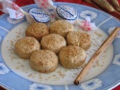 Spanish Christmas Cookie | Mantecados - Traditional Spanish Crumble Cakes (recipe with link)