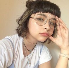 Discovered by Kaeloo. Find images and videos about girl, aesthetic and glasses on We Heart It - the app to get lost in what you love. Hair Inspo, Hair Inspiration, Character Inspiration, Festival Style, Grunge Hair, Face Shapes, Hair Goals, Pretty People, Straight Hair