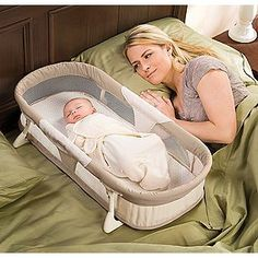 A co-sleeper is a baby bed that attaches to one side of an adult bed. It allows baby to remain close to the parents at night without actually being in the adult bed (which can be dangerous sometime… Baby Co Sleeper, My Bebe, Baby Boy, Baby Furniture, Baby Time, First Baby, Kids Corner, Summer Baby, Baby Accessories