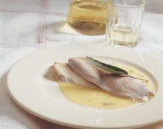 Filets de truite à la dôle blanche et au beurre de sauge - Base de recettes - Swissmilk