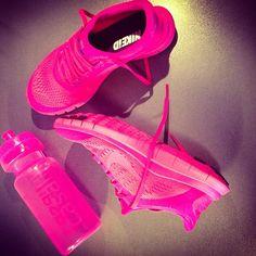 3d2154efee13bd Mens Womens Nike Shoes 2016 On Sale!Nike Air Max  Nike Shox  Nike Free Run  Shoes  etc. of newest Nike Shoes for discount saleWomen nike nike free Nike  air ...