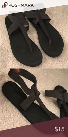 d4ee7f69a320 Reef Cushions Ankle strap black flip flop 8.5 Reef Cushions Ankle strap  black with a grey