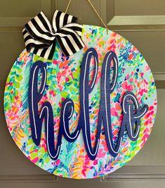 Letter Door Hangers, Wooden Door Hangers, Wooden Door Signs, Wooden Doors, Front Door Decor, Front Porch, Painted Doors, Diy Door, Diy Signs