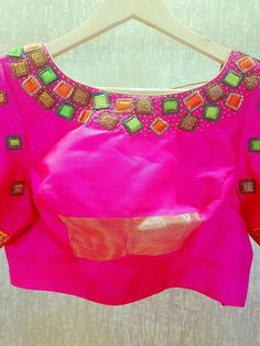 Simple Blouse Designs, Blouse Designs Silk, Bridal Blouse Designs, Kurti Patterns, Blouse Patterns, Mirror Work Blouse, Maggam Work Designs, Maggam Works, Back Neck Designs