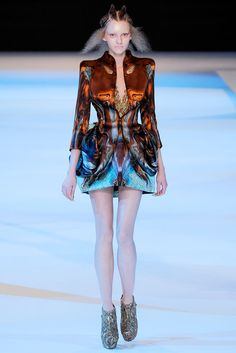 Alexander McQueen | Spring 2010 Ready-to-Wear Collection | Style.com