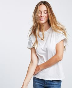 Loose fit t-shirt with rolled-up sleeves | Gina Tricot New Arrivals | www.ginatricot.com | #ginatricot