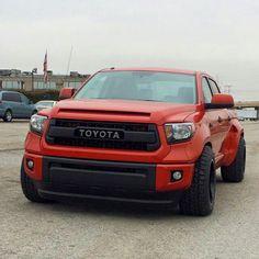 HONEY-D of the Custom Shop of pickup truck expert. Toyota Tundra Lifted, Toyota Hilux, Toyota 4x4, Dropped Trucks, Lowered Trucks, Custom Tundra, Toyota Sequioa, Single Cab Trucks, Tundra Truck