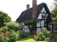 Depósito Santa Mariah: Pollyanna, Cottage No Reino Unido!