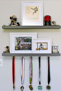 Kids' Bedroom Organization – September Household Organization Diet – Clean and Scentsible Kids' Bedroom Organization Ideas. Free printables and tips and tutorials to get your kids' bedrooms cleaned and organized for good. Kids Bedroom Boys, Cool Kids Bedrooms, Teen Girl Bedrooms, Kids Rooms, Boys Hockey Bedroom, Boy Sports Bedroom, Childs Bedroom, Room Kids, Boy Rooms