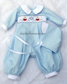 take home from the hospital newborn boy outfit | Dandelion Avenue: October 2010