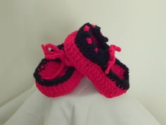 Infant Moccasin Booties by mccdingbat on Etsy, $15.00
