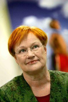 Tarja #Halonen var Finlands första kvinnliga president. Former Finnish  president Tarja Halonen.