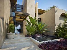 Modern Entrance, Modern Entry, Entrance Design, House Entrance, Design Exterior, Modern Exterior, Modernisme, Pergola Designs, Pergola Kits